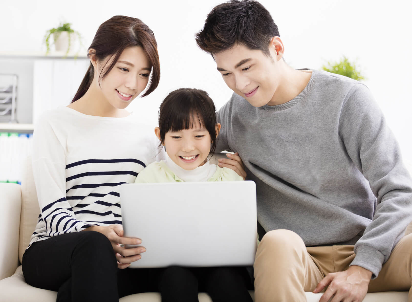 primary education 6 essay The essay also depicts each of the subsystems that comprise the nes and   primary education includes children 6-11 years old, who represent 997% of the .